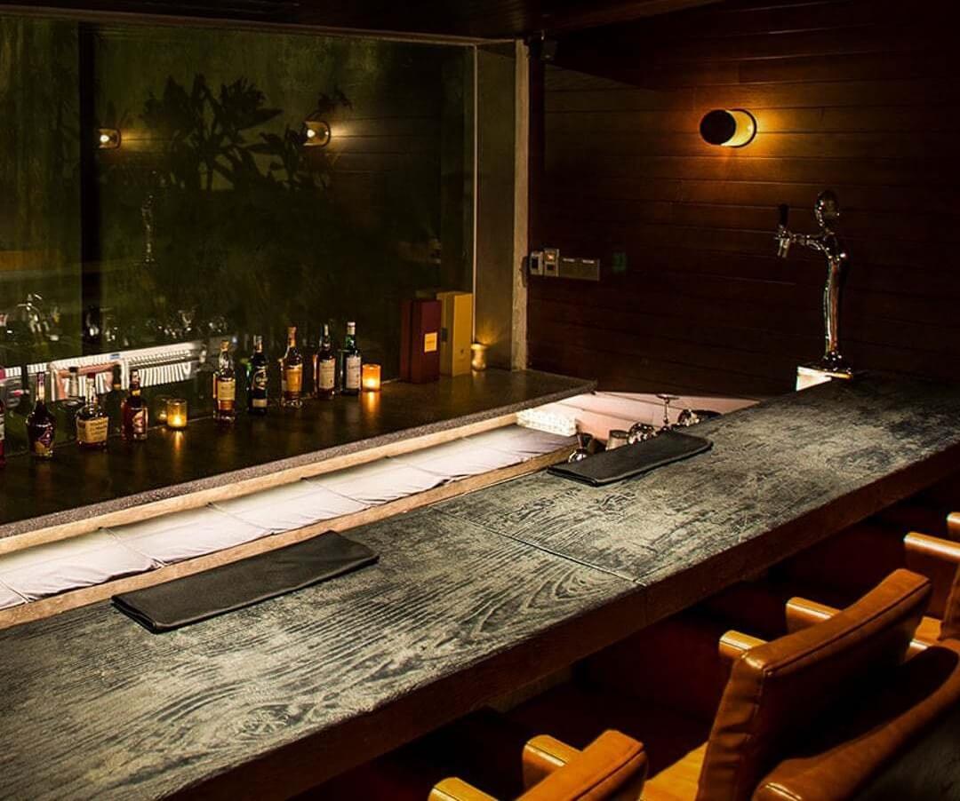 Mặt bàn bar bằng gỗ công nghiệp cao cấp