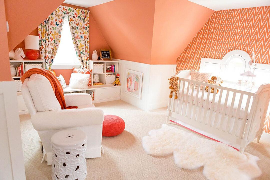 phòng ngủ sơn màu cam san hô cho bé